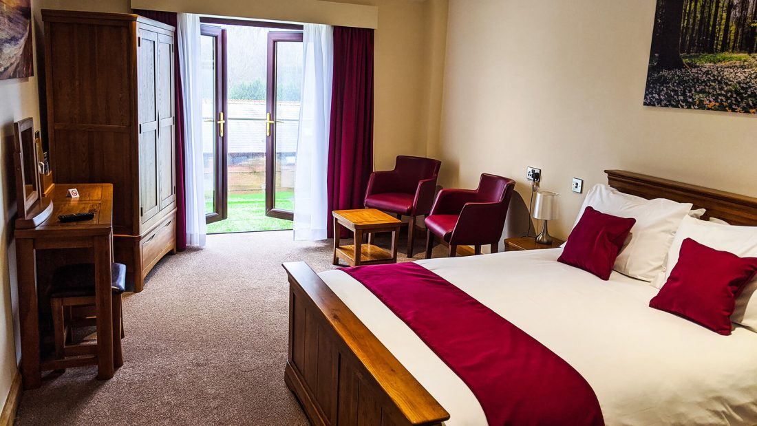Riverside Country Club Accommodation Double Room